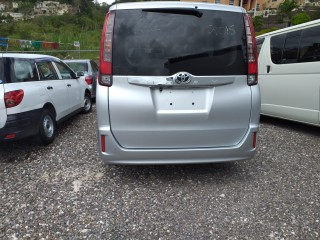 2015 Toyota Noah for sale in Manchester, Jamaica
