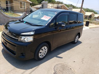 2011 Toyota Voxy for sale in St. James, Jamaica