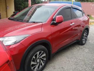 2016 Honda vezel  HRV for sale in Kingston / St. Andrew, Jamaica