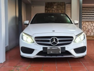 2016 Mercedes Benz C250 for sale in Kingston / St. Andrew,