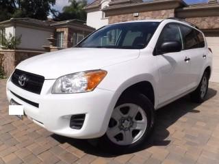 '10 Toyota Rav4 for sale in Jamaica