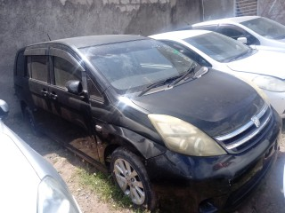 2008 Toyota Isis for sale in Kingston / St. Andrew, Jamaica