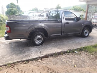 2009 Isuzu Dmax for sale in Kingston / St. Andrew, Jamaica