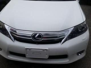 '10 Lexus HS 250h for sale in Jamaica