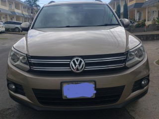 2014 Volkswagen Tiguan  20 TSI for sale in Kingston / St. Andrew,