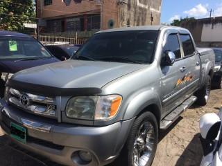 '06 Toyota Tundra for sale in Jamaica