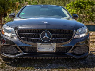 2016 Mercedes Benz 4 Matic for sale in Kingston / St. Andrew, Jamaica