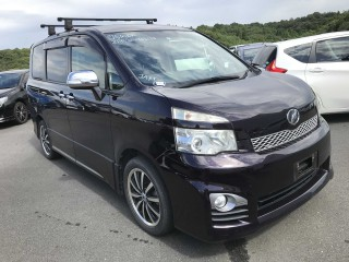 2011 Toyota Voxy for sale in St. Elizabeth, Jamaica