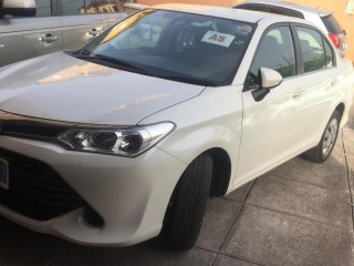 '16 Toyota Axio for sale in Jamaica