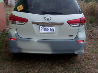 '10 Toyota Wish for sale in Jamaica
