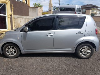 '08 Toyota Hatchback for sale in Jamaica