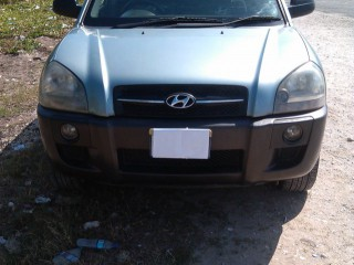 '06 Hyundai tucson for sale in Jamaica