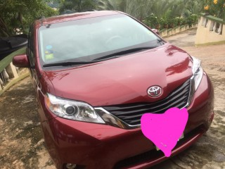 2012 Toyota Sienna for sale in Kingston / St. Andrew, Jamaica
