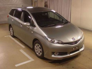 '12 Toyota Wish for sale in Jamaica
