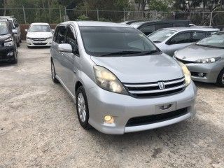 2009 Toyota Isis platana for sale in Manchester, Jamaica