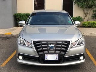 2014 Toyota Crown Hybrid for sale in St. James, Jamaica