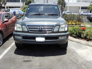 '00 Toyota Land for sale in Jamaica