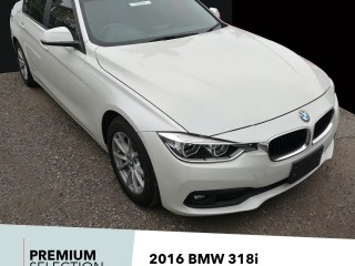 '16 BMW 318i for sale in Jamaica
