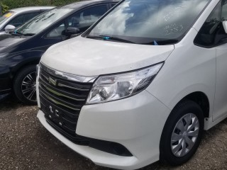 2014 Toyota Noah for sale in Manchester, Jamaica
