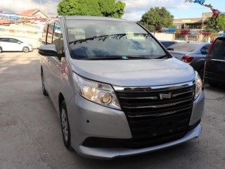 2014 Toyota Noah for sale in Kingston / St. Andrew, Jamaica