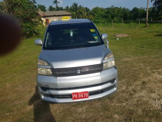 2006 Toyota Voxy for sale in Westmoreland,