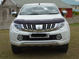 2017 Mitsubishi L200 Barbarian for sale in Kingston / St. Andrew, Jamaica