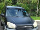 '06 Toyota Rav 4 for sale in Jamaica