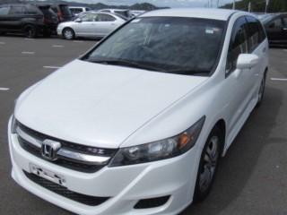 '12 Honda Stream for sale in Jamaica