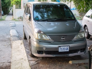 '02 Nissan Serena for sale in Jamaica