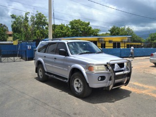 '05 Mitsubishi MONTERO for sale in Jamaica