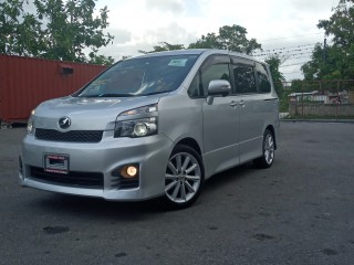 2011 Toyota Voxy ZS for sale in Westmoreland, Jamaica