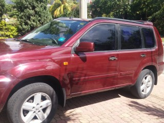 '05 Nissan Xtrail for sale in Jamaica