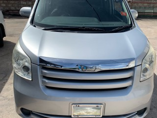 2009 Toyota NOAH for sale in Manchester, Jamaica
