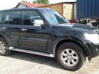 '12 Mitsubishi Pajero for sale in Jamaica