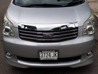 2012 Toyota Noah for sale in St. James,