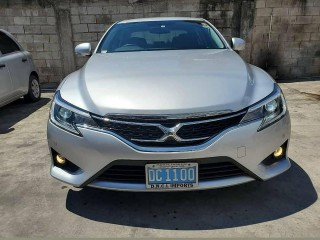 2016 Toyota Mark x for sale in Kingston / St. Andrew,