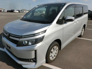 2014 Toyota VOXY 7 seater for sale in St. Catherine, Jamaica