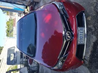 '12 Toyota Auris for sale in Jamaica