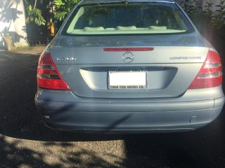 2006 Mercedes Benz E200 Kompressor for sale in Kingston / St. Andrew, Jamaica
