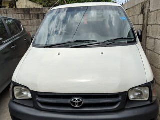 '01 Toyota Townace for sale in Jamaica
