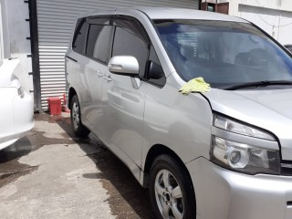 2012 Toyota Voxy for sale in Manchester, Jamaica