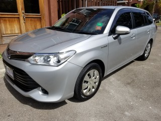 2016 Toyota Fielder for sale in Kingston / St. Andrew,