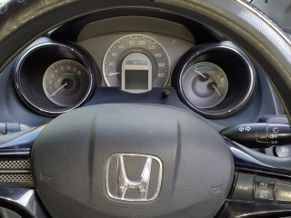 2012 Honda Fit Shuttle Hybrid for sale in Kingston / St. Andrew, Jamaica