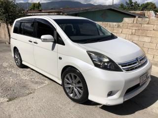2010 Toyota Toyota Isis Platana for sale in St. Elizabeth, Jamaica