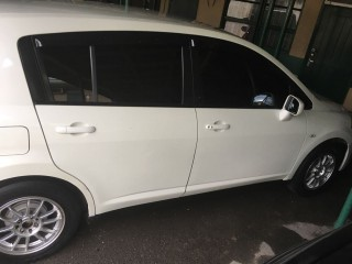 '07 Nissan Tida for sale in Jamaica