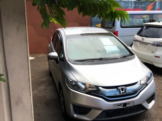 2014 Honda Fit Hyrbid for sale in Kingston / St. Andrew, Jamaica