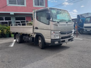 2014 Mitsubishi canter for sale in Kingston / St. Andrew,
