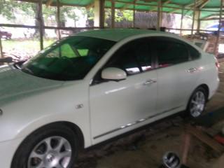 '12 Nissan bluebird for sale in Jamaica