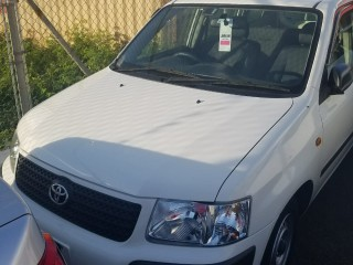 '13 Toyota Succeed for sale in Jamaica