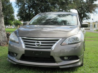 2014 Nissan BLUEBIRD  slyphy SUPREME PACKAGE for sale in Kingston / St. Andrew, Jamaica